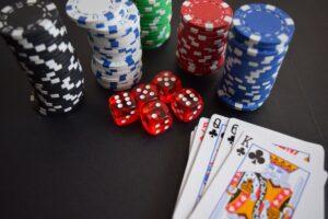 casino-dice-chips